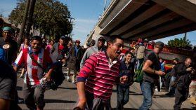 La frontera norte derrota a la caravana de migrantes en su primer encuentro