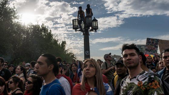 Foto reportaje: la marcha de los descontentos que desbordó Santiago