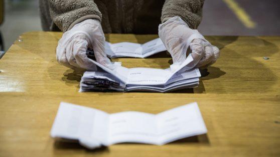 """Cabildos, redes sociales y movilización: la receta de los independientes para saltar """"el torniquete electoral"""" del proceso constituyente"""