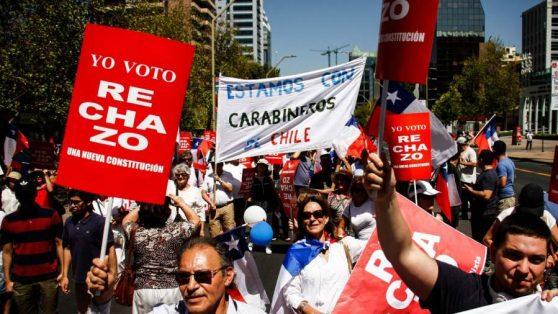 Declaración de la Escuela de Periodismo de la U. de Chile por agresión a estudiantes en manifestación