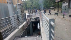 Nueva denuncia contra cuartel del metro Baquedano: joven recibió un tiro en esa unidad