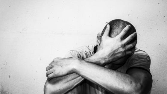 Suicidios durante la pandemia: ¿por qué bajan y qué podemos esperar para adelante?