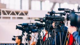 El ruidoso silencio de los medios tradicionales