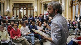 Olvide algoritmos y atajos: no saldremos de esta crisis sin deliberación política