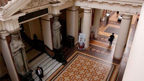 Suprema suspende a juez de Rancagua acusado de acoso sexual: fiscal judicial dio por acreditadas cuatro denuncias