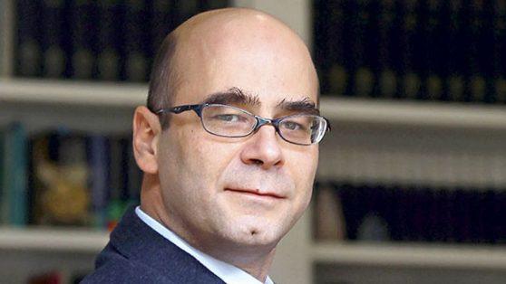 La propuesta política de Fernando Atria: Un caso de precariedad hermenéutica