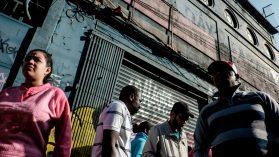Fotoreportaje: El lucrativo negocio del subarriendo a inmigrantes indocumentados