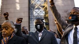 A propósito del juicio contra el policía que asesinó a George Floyd: cinco lecturas esenciales sobre la violencia policial contra los hombres negros