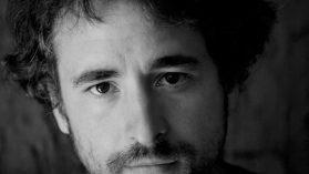 Chileno Tomás Munita gana premio Gabriel García Márquez 2015