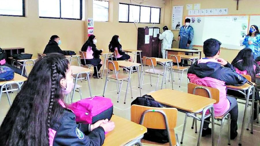 Entre la emergencia y la transformación: ideas para recuperar la política  educacional en Chile – CIPER Chile