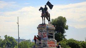 Baquedano barroco, desafíos para los monumentos del futuro