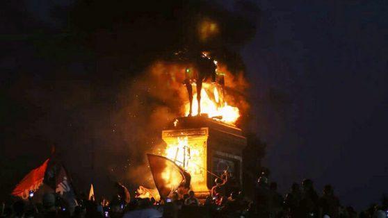 Lo que arde, cuando arde Baquedano