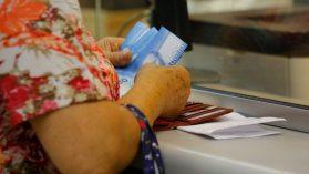 Aumento de pensiones mínimas: los beneficios que no vemos por mirar solo el gasto