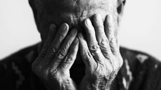 Petición de certificado de lucidez: una agresión a la dignidad de las personas mayores