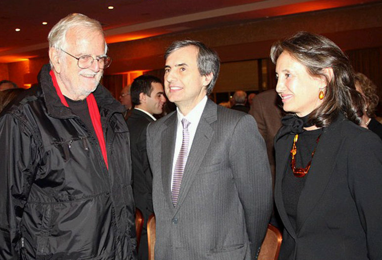 Cristián Edwards (al centro).