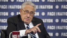 Documentos desclasificados muestran a Contreras como emisario secreto de Pinochet para Kissinger