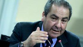 Sumario del Minsal acusa al subsecretario Luis Castillo por irregularidades en 14 obras hospitalarias