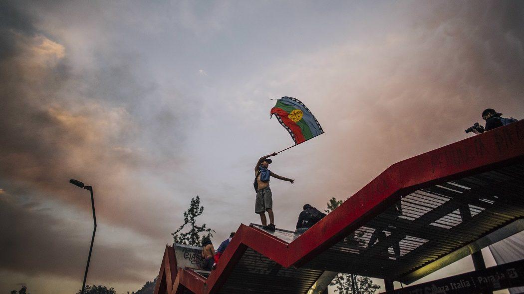 Conflicto y Pueblo Mapuche en redes sociales: quiénes se involucran en la discusión y qué mensajes transmiten