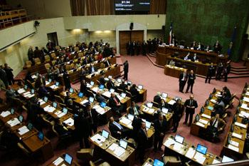 Asesorías parlamentarias: al menos 40 diputados pagaron por informes plagiados