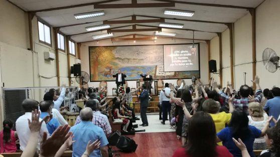Alerta por contagio de Covid-19 en conferencia nacional que reunió a 300 líderes de iglesia evangélica